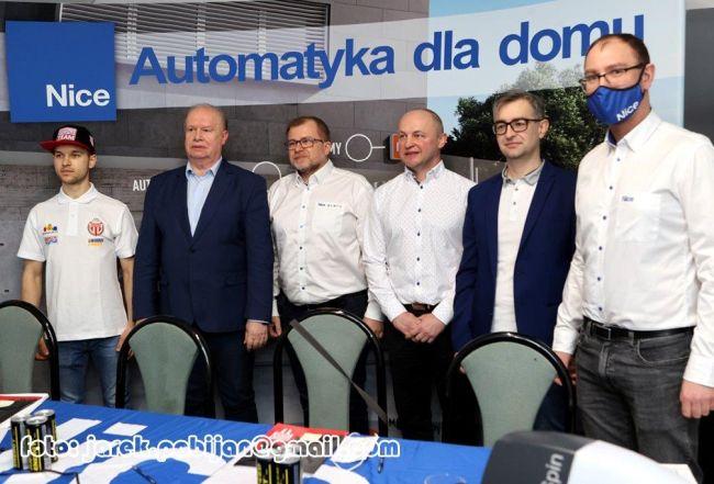 ESIMA Rolety i Astra Bydgoszcz  sponsorami żużlowej Polonii